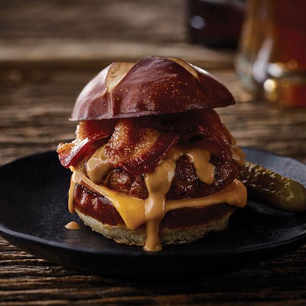 SKIPPY<sup>®</sup> Bacon Peanut Butter Burger / SKIPPY<sup>®</sup> Bacon och Jordnötssmörsburgare