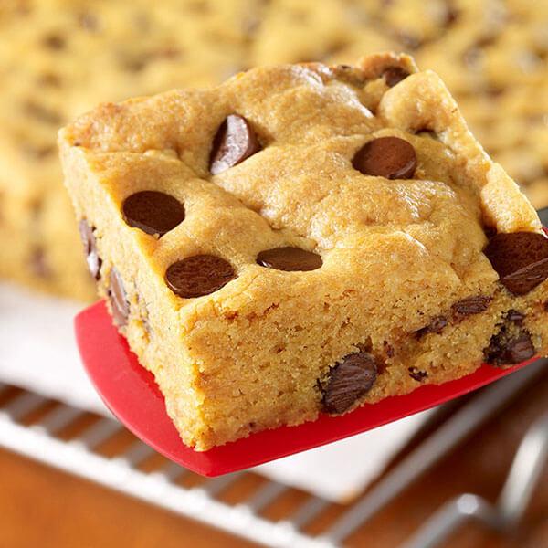 SKIPPY<sup>®</sup> Easy PB Cookie Bars / SKIPPY<sup>®</sup> Easy PB Cookie Bars