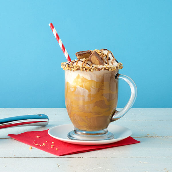 SKIPPY<sup>®</sup> Peanut Butter Hot Chocolate Float / Peanut Butter Hot Chocolate Float – Recipes