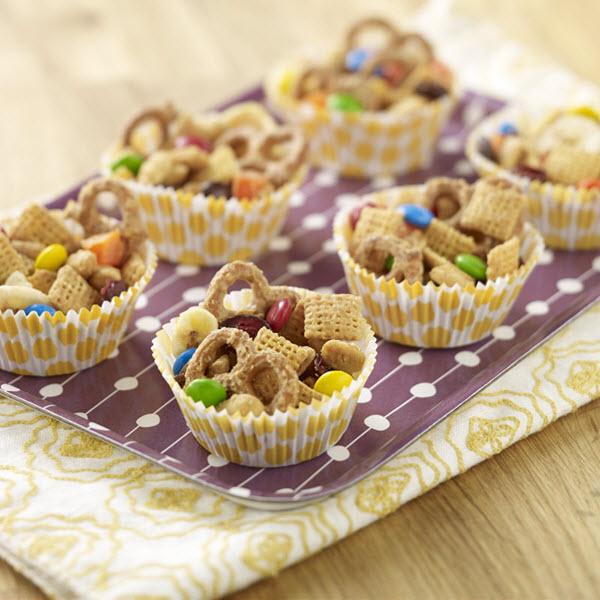 Peanut Butter Snack Mix / Snacksblandning med jordnötssmör