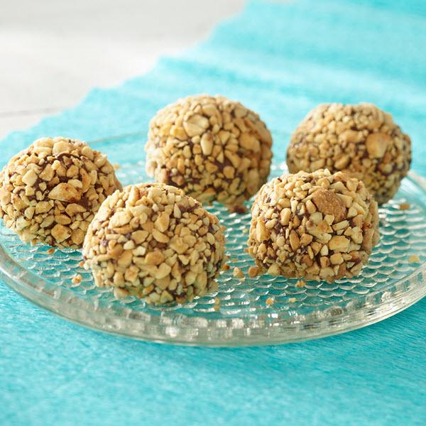 Peanut Butter Balls / Jordnötssmörsbollar